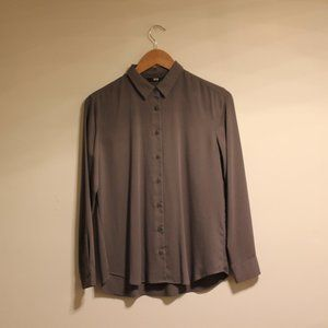 Uniqlo Olive Green Rayon Button Down Shirt XS
